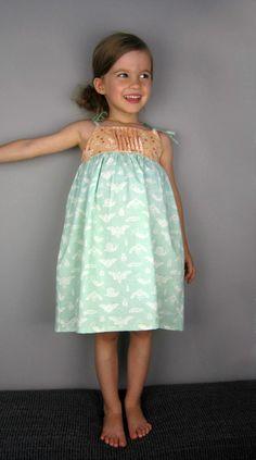 Saudade Sun Dress (+ Haut) | Sew Sew Mama | suspens couture, courtepointe, couture et tutoriels depuis 2005.