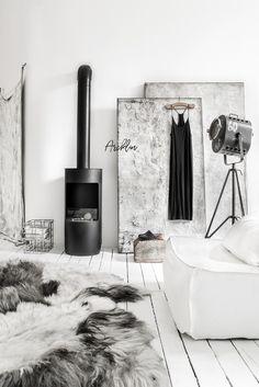 SABINE MAES ART | Paulina Arcklin Photography + Styling