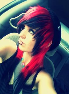I used to have my hair this way except the red and black were switched. My favorite hairstyle I've done ever. <3