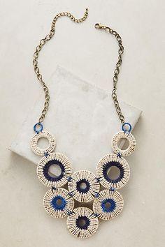 ABruxinhaCoisasGirasdaCarmita: Um colar original