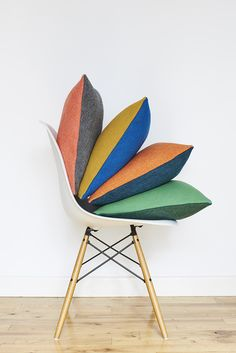 British homeware brand Lane launches its first range of 'Twin Tone Cushions'. The luxury cushion comes in four colour wars with a contrasting colour on… Color Wars, Hits Close To Home, Interior Design Process, Luxury Cushions, Contemporary Fabric, Cushion Fabric, Home Textile, Home Decor Accessories, Fabric Design