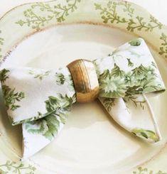 7 Gorgeous Napkin Folds