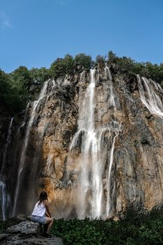 The main waterfall in Plitvice Lakes National Park Croatia Family Vacation Spots, Plitvice Lakes National Park, Places In Europe, Beautiful Waterfalls, Best Hikes, Summer Travel, Travel Photos, Travel Tips, Backpacking Checklist