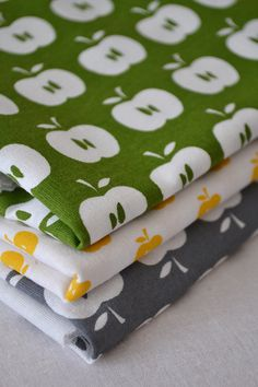APPLES hand printed fabrics pack of 3