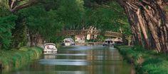 Der Canal du Midi durchquert das Languedoc-Roussillon - © P.Palau