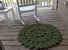 Erynnedra's hipster rug - hook size N/P, bulky yarn.  This is the large version of the free Hipster doily pattern by Rachel Choi, link here: http://www.crochetspot.com/crochet-pattern-hipster-doily/     #crochet