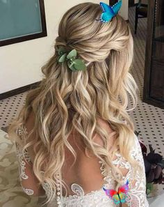 hair tutorials Devastating Wedding Hairstyles for Long Hair To Blow Peoples Minds. These Hairstyles Will Make Your Very Special Day to A Fabulous Memorable Event and You Must Bookmark These Wonderful Long Wedding Hairstyles for Your Brides.<br> Wedding Hairstyles Half Up Half Down, Wedding Hairstyles For Long Hair, Wedding Hair Down, Wedding Hair And Makeup, Bridesmaid Hairstyles, Short Hair, Hair Makeup, Veil Hairstyles, Curled Hairstyles