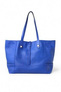 2446d8e341 Meilleurs Sacs à main   Description Dress up or down this gorgeous cobalt  blue leather tote for women by Stella   Dot. The Paris Market Tote bag in  blue ...