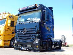 Mb Truck, New Trucks, Truck Festival, Mercedes Benz Trucks, Truck Design, Techno, Mp5, Cool Pictures, Vehicles