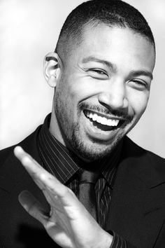 I love the way you laugh and the way you make me laugh. You are so funny and your laughter it just warms my soul. Come hug me! Actors Male, Black Actors, Younger Tv Series, Soccer Hair, Charles Michael Davis, The Originals Tv, Love My Man, Film Serie, Hollywood Actor