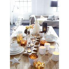 Der Mittelpunkt einer tollen Festtagstafel: Teelichtleiste in Sternenform. #impressionen #festtage