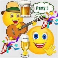 Smile for no reason Funny Emoji Faces, Funny Emoticons, Smileys, Happy Birthday Messages, Happy Birthday Images, Birthday Greeting Cards, Male Birthday Wishes, Smiley Emoticon, Happy Smiley Face
