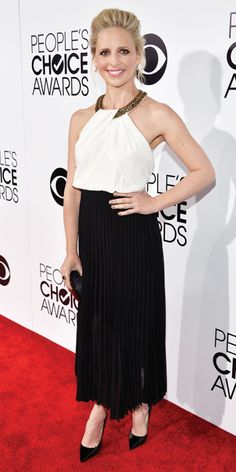 People's Choice Awards 2014: What Everyone Wore - Sarah Michelle Gellar from #InStyle