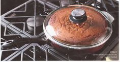 Pastel Volteado de Piña horneado sobre la estufa en un Sartén Multiusos de 30 cms.