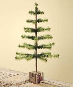 Christmas-Green-Dyed-Goose-Feather-Tree-in-Vintage-Block-Base-Bethany-Lowe-NEW