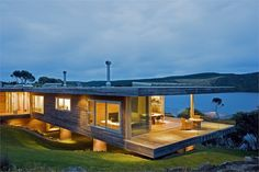 Kaipara Bridges House by Simon Twose