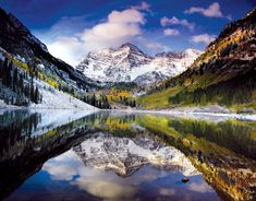 Maroon Bells Colorado  Hiking and transportation links.  Hikes starting at 1 mile.