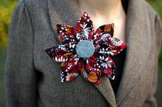 Colorful patterned flower pin