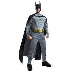 DisfracesMimo, disfraz batman arkham franchise musculoso para hombre talla m para hombre adulto, este traje para tematica de superheroes de batman. La identidad secreta de Batman ha sido siempre Bruce Wayne, un empresario multimillonario y filántropo. Transformate en murcielago.