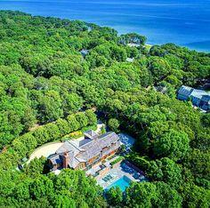 Beach house House Exteriors, Dream Homes, Beach House, River, Outdoor, Beach Homes, Outdoors, Dream Houses, Outdoor Games