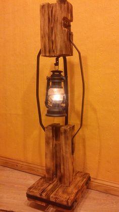 Rustic Lamps, Wood Lamps, Rustic Lighting, Driftwood Lamp, Rustic Wood Furniture, Diy Crafts For Home Decor, Lights Fantastic, Diy Candle Holders, Pipe Lamp