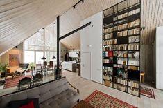 Tämä upea interiööri on peräisin omakotitalosta Vilnasta, jossa asuu nelihenkinen perhe. Talon interiöörin suunnitteli arkkitehti Ieva Prunskaite...