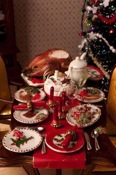 Hummingbird Miniatures: May 2012 Traditional Christmas dinner