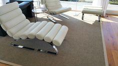 #modern #design interieur met witte zetels