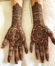 40 ideas traditional bridal henna beautiful for 2019 Traditional Henna Designs, Indian Henna Designs, Mehndi Designs For Girls, Dulhan Mehndi Designs, Mehndi Designs For Fingers, Wedding Mehndi Designs, Mehndi Design Pictures, Best Mehndi Designs, Henna Mehndi