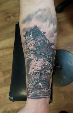 . Girl Arm Tattoos, Arm Sleeve Tattoos, Badass Tattoos, Leg Tattoos, Body Art Tattoos, Cool Tattoos, Japanese Temple Tattoo, Japanese Tattoo Art, Japanese Tattoo Designs