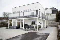 Dette hjemmet ser ut som et hotell - Botrend Home Fashion, Mansions, House Styles, Home Decor, Mansion Houses, Homemade Home Decor, Manor Houses, Fancy Houses, Decoration Home
