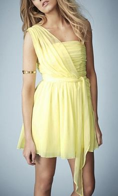 A bridesmaid dress that can be worn again!
