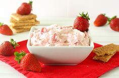 Strawberry Cheesecake Dip | I finally have fresh strawberries to make it. Instead of turning the oven on in the 80+ degree weather, I made a lazy no-bake cheesecake in a bowl – cheesecake dip with both pureed and chopped strawberries in it. | chocolatemoosey.com