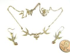 ANTIQUE LATE VICTORIAN 15K GOLD SEED PEARL SWALLOWS NECKLACE & EARRINGS c1900