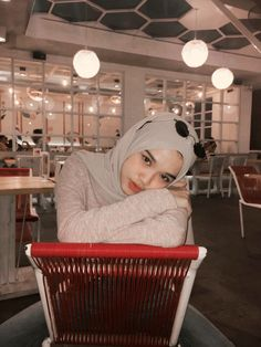 Casual Hijab Outfit, Ootd Hijab, Hijab Chic, Girl Hijab, Modern Hijab Fashion, Muslim Fashion, Street Hijab, Hijab Trends, Muslim Hijab