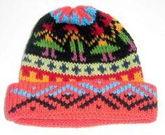 Farbenfrohe #Kindermütze, #Alpakawolle #handgestrickt  Handgestrickt von unseren Strickerinnen in Cusco/ #Peru. Warme Kindermütze aus Alpakawolle. Die Mütze ist für Kinder von 5 - 10 Jahre geeignet. Durch die elastische Strickweise Einheitsgröße Beanie, Cusco Peru, Hats, Fashion, Ponchos, Souvenir, Accessories, Arts And Crafts, 10 Years