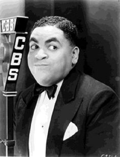 Fats Waller: Phenomenal Jazz Pianist Known For His Witty Performances