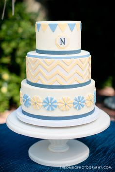 Bunting and Chevron, Yellow + Blue cake. Photo by Theo Milo Photography.