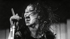 Ari up - the slits cut