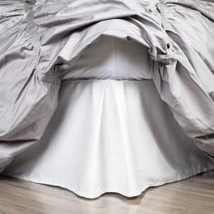 Shop this white bed skirt from Crane & Canopy. Perfect for any bedroom year-round, our bed skirts create the look of a tailored, stylish bed. Navy Blue Comforter, Green Bedding, Lilac Bedding, Floral Comforter, Comforter Sets, White Bed Skirt, White Skirts, Chic Bedding, Bedding Decor