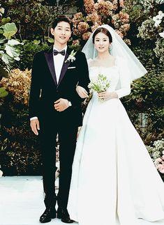Сон Хе Кё (Гё) | Song Hye Kyo | 송혜교 Wedding Dresses, Fashion, Bride Dresses, Moda, Bridal Wedding Dresses, Fashion Styles, Weeding Dresses, Weding Dresses, Wedding Dressses