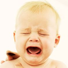 Cutting molars can be particularly tough. Babble asked three experts on how to help with your child is in pain from teething. Baby Crying Images, Baby Crying Face, Boy Crying, Teething Babies, Dunstan Baby Language, Babies First Year, Baby Hacks, Baby Love, Learning