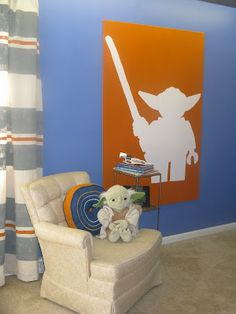 Gives me a great idea for art in the girls' rooms. Not Yoda, but what if it was a large, full-body silhouette of them. Could be cool.