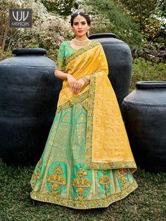 Rs9,300.00 Lehenga Dupatta, Lehenga Skirt, Lehenga Choli Online, Lehenga Blouse, Silk Dupatta, Simple Lehenga, Indian Bridal Lehenga, Party Wear Lehenga, Saree Shopping