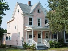 Cape Charles house rental - Cozy Cottage in the heart of Cape Charles. $875 a week/sleeps 7/