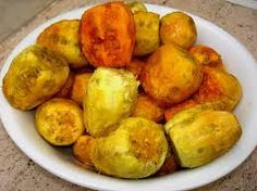 Prickly pears.. a delicious summer fruit! http://www.salentourist.it/