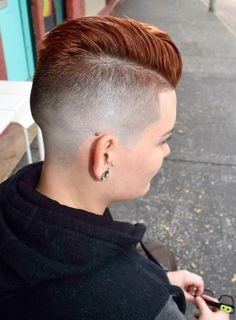 Feminine take on a traditional barbershop haircut:) Short Fade Haircut, Short Hair Undercut, Short Hair Cuts, Short Hair Styles, Undercut Hairstyles Women, Cool Short Hairstyles, Buzz Cut Women, Buzz Cuts, Shaved Hair Cuts