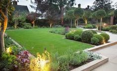 Znalezione obrazy dla zapytania ogród przed domem