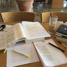 Studyblr, Work Motivation, Motivation Inspiration, Finals Motivation, Study Board, Study Pictures, Study Organization, School Study Tips, Study Space