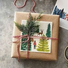 12 Creative Gift Wrap Ideas Using Simple Brown Paper - 12 clever gift wrap ideas using simple brown paper - Creative Christmas Gifts, Christmas Gift Wrapping, Creative Gifts, Xmas Gifts, Diy Gifts, Christmas Crafts, Christmas Holidays, Christmas Presents, Useful Gifts